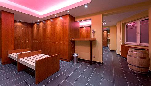 fkk saunaclub leipzig was erwartet mich xxl wellness fkk club sachsen. Black Bedroom Furniture Sets. Home Design Ideas